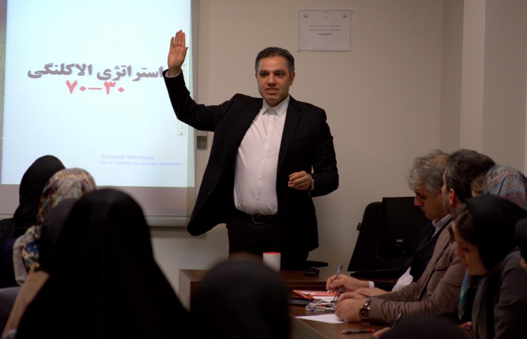 رضا ایازی | مربی مهارتهای حرفهای حقوقی